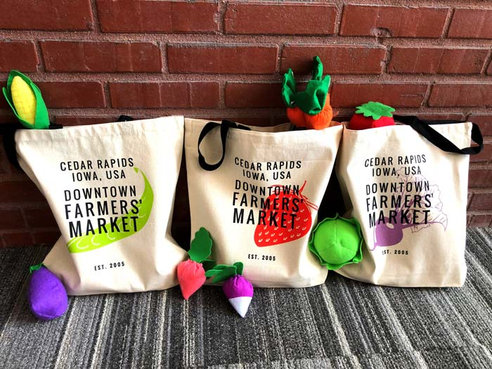 Get your very own reusable Cedar Rapids Downtown Farmers' Market canvas tote bag!